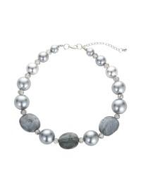 combinaison boucles d'oreilles collier chaîne de nacres pierres grises